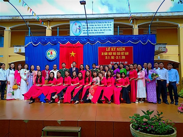 Lễ Kỉ niệm 36 năm ngày Nhà Giáo Việt Nam 20/11